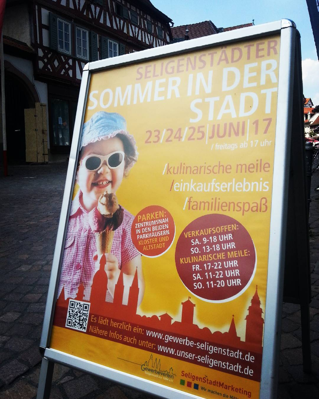Am letzten Wochenende im Juni ist wieder der Sommer in der Stadt. Wir freuen uns auf Live-Musik, leckeres Essen, Ausstellungen und den verkaufsoffenen Sonntag in der Innenstadt Seligenstadts