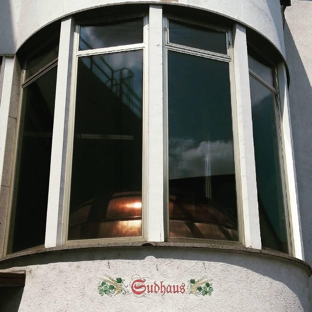 Das Sudhaus und ein alter Braukessel in der Glaabsbräu