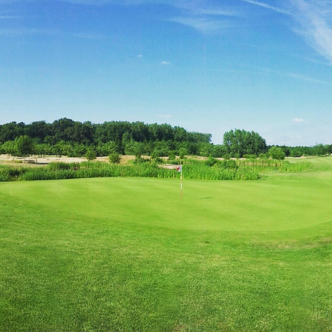 Golfplatz Teil 2