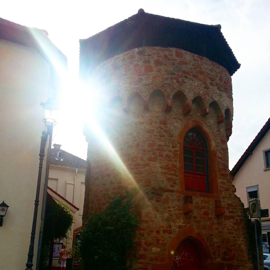 Der Turm am Turmpalast in Seligenstadt