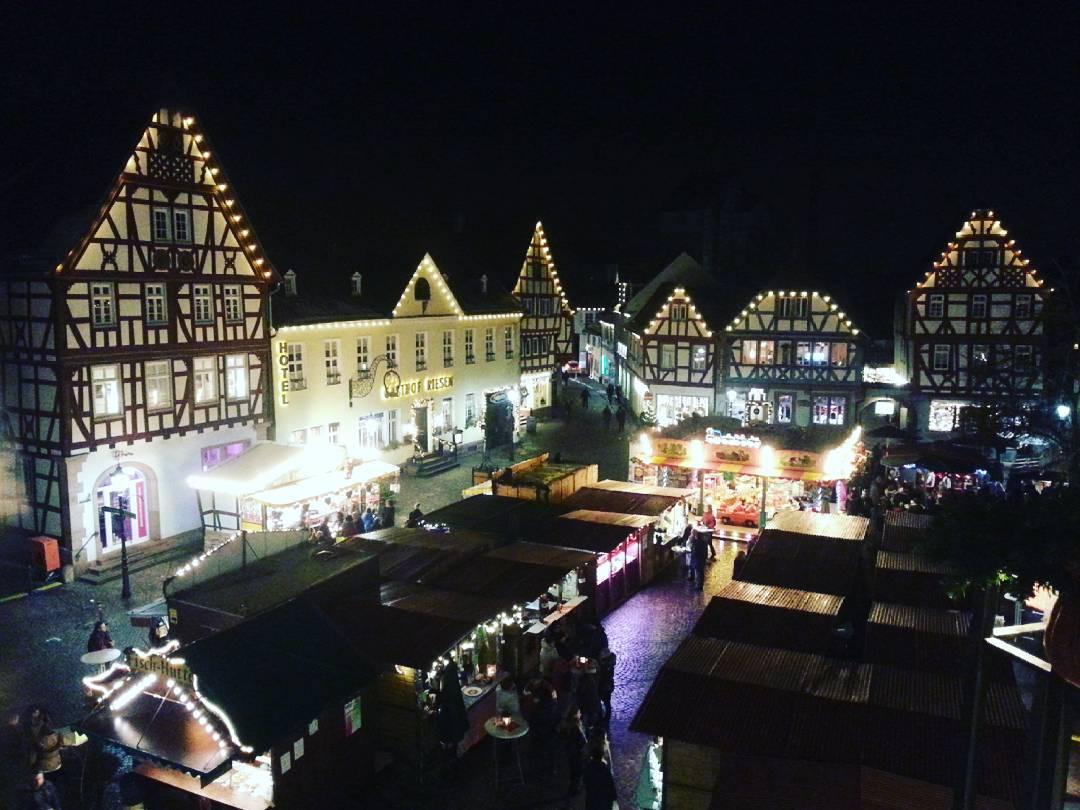 Der Adventsmarkt von oben, wer war dieses Jahr schon da?