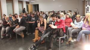 Publikum beim Poetry Slam
