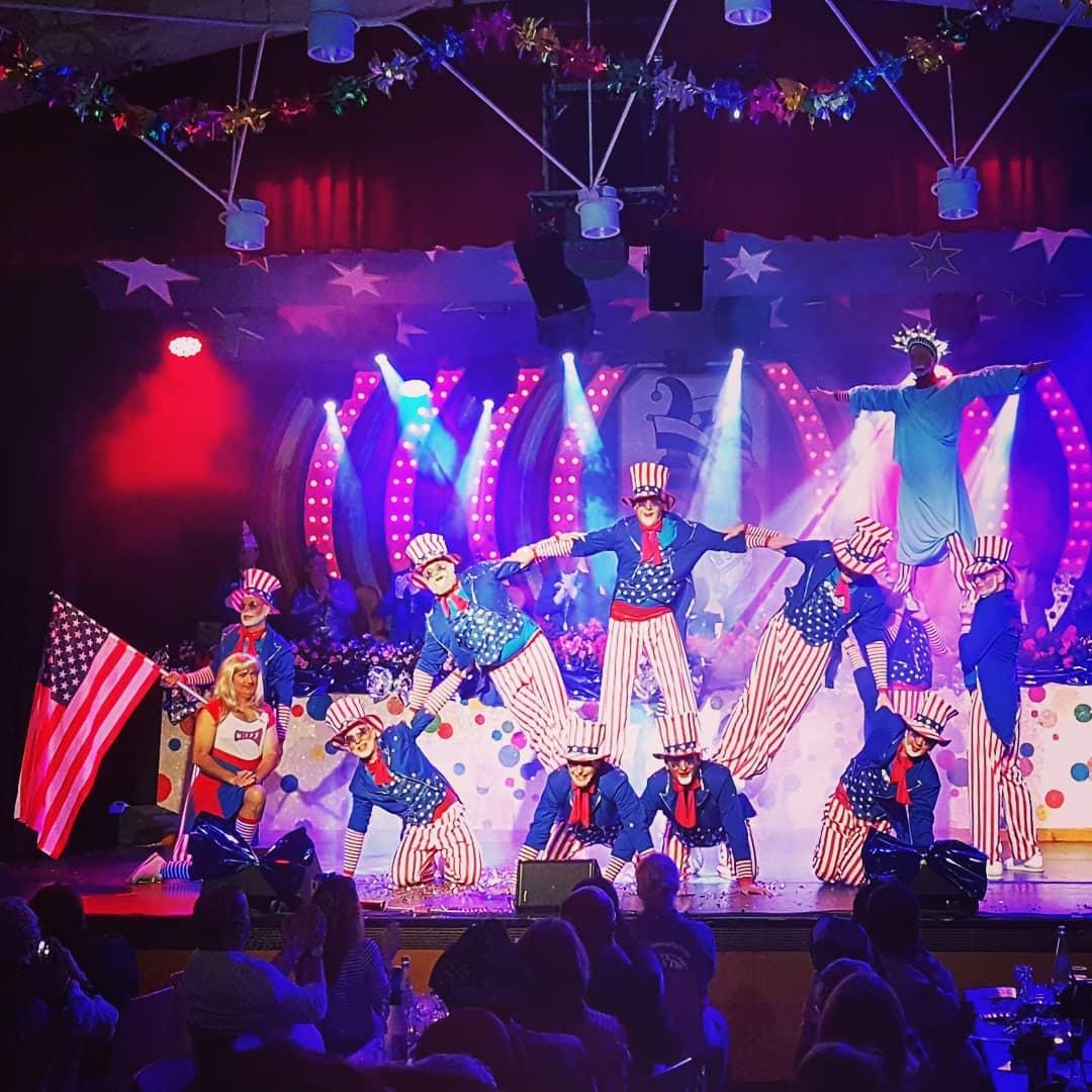 Das TGS Männerballett bei der Sitzung letztes Wochenende, schee war's! @tgs_seligenstadt_abt._karneval