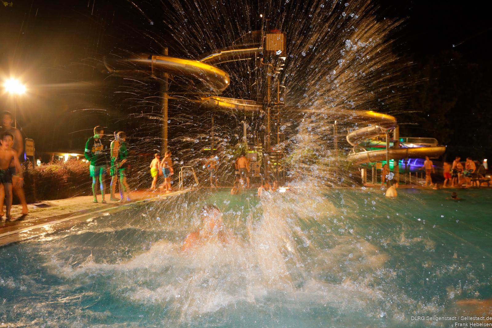 3 dlrg nachtschwimmen seligenstadt fotos for Seligenstadt schwimmbad